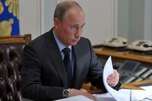 Владимир Путин поручил создать аграрный телеканал