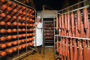 Липецкая ГК «Кузминки» запустила в эксплуатацию новый цех сырокопченых колбас