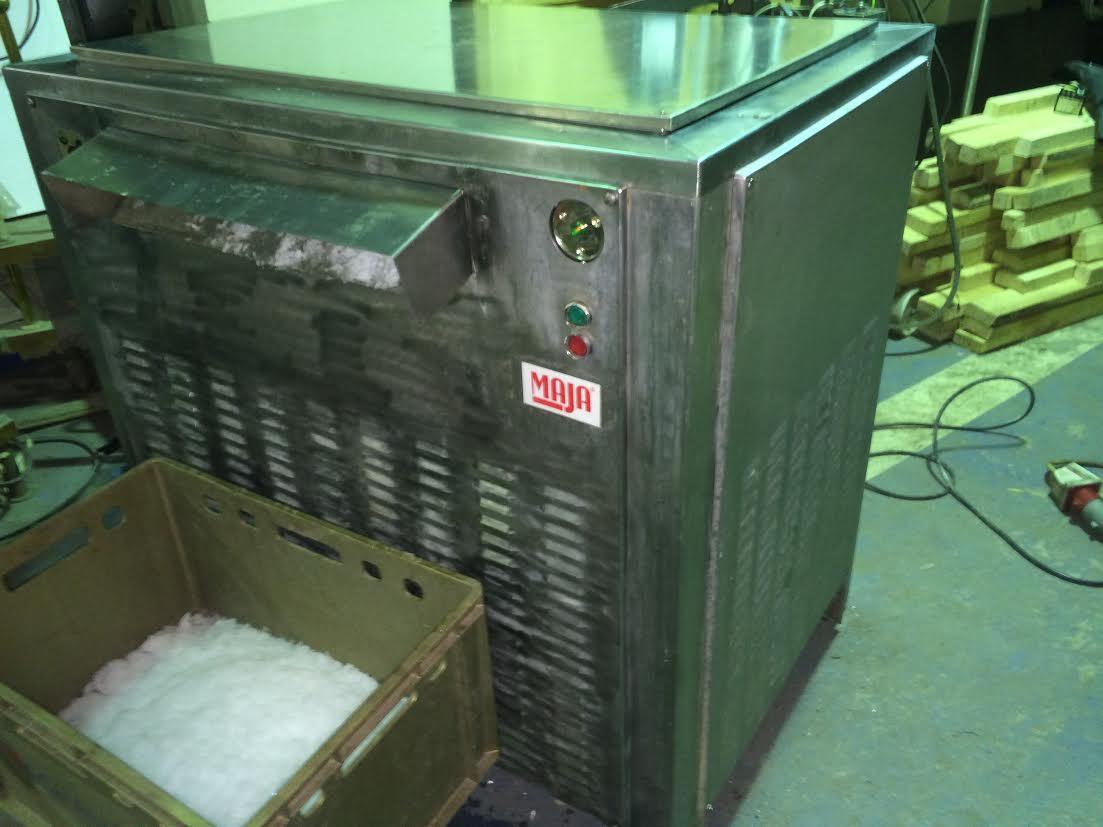 Льдогенератор чешуйчатого льда