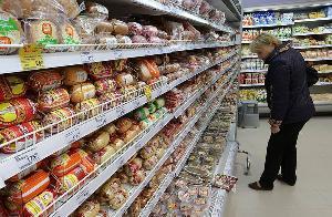 Чиновников зовут в магазины. Бизнес просит новых мер регулирования торговли