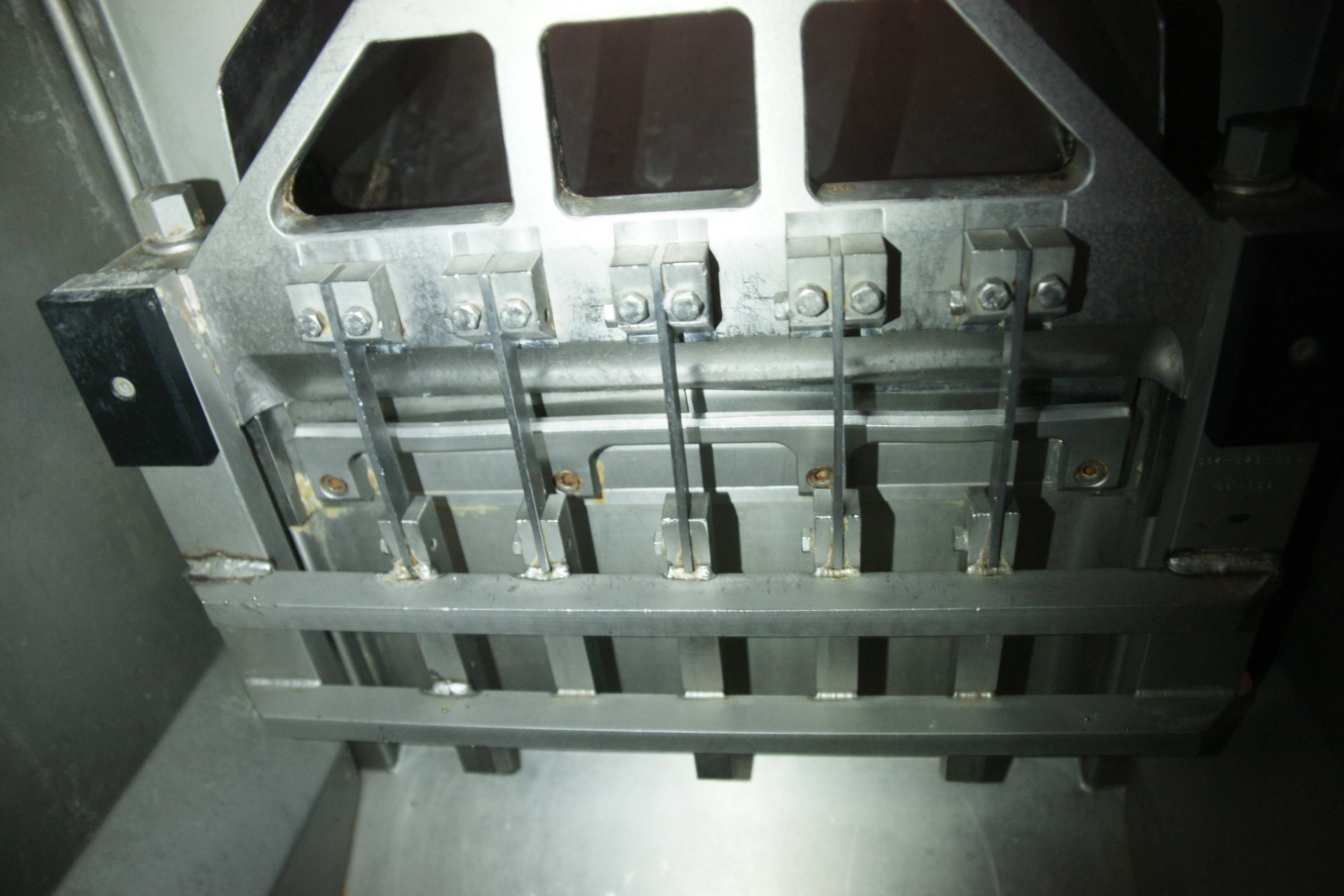 Блокорезка гильотинная 5 ножей