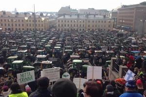 Финские фермеры на акции протеста требуют компенсации из-за санкций РФ