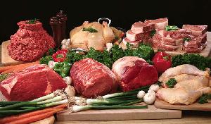 Подорожание свинины и курятины может привести к росту цен на продукты мясопереработки