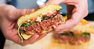 CFRA: к 2030 году рынок растительных заменителей мяса вырастет до $100 млрд