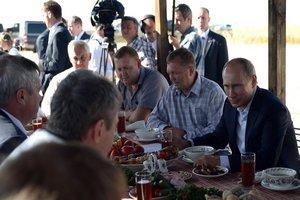 Ткачев представил Путину план спасения молочной отрасли