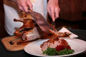 Филиппинский производитель утки по-пекински начнет экспорт продукции в ОАЭ