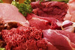 Петербургские приставы арестовали 50 тонн мяса