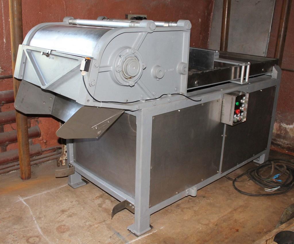 Блокорезка GMC пр-ва USA 7200 кг/час