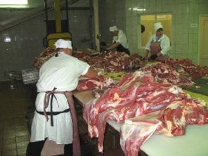 В Свердловской области запустили в эксплуатацию модернизированный мясокомбинат.