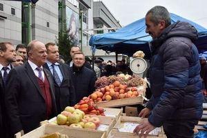 Мэрия Иркутска проверяет рынок, куда не пустили Зюганова
