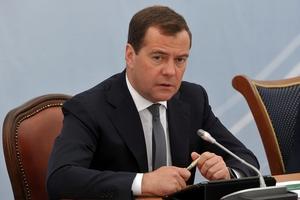 Медведев пообещал не снижать финансирование АПК в 2016 году