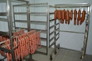 Первые 400 кг колбасы собственного производства поставил Викуловский колбасный цех в магазины Тюменской области