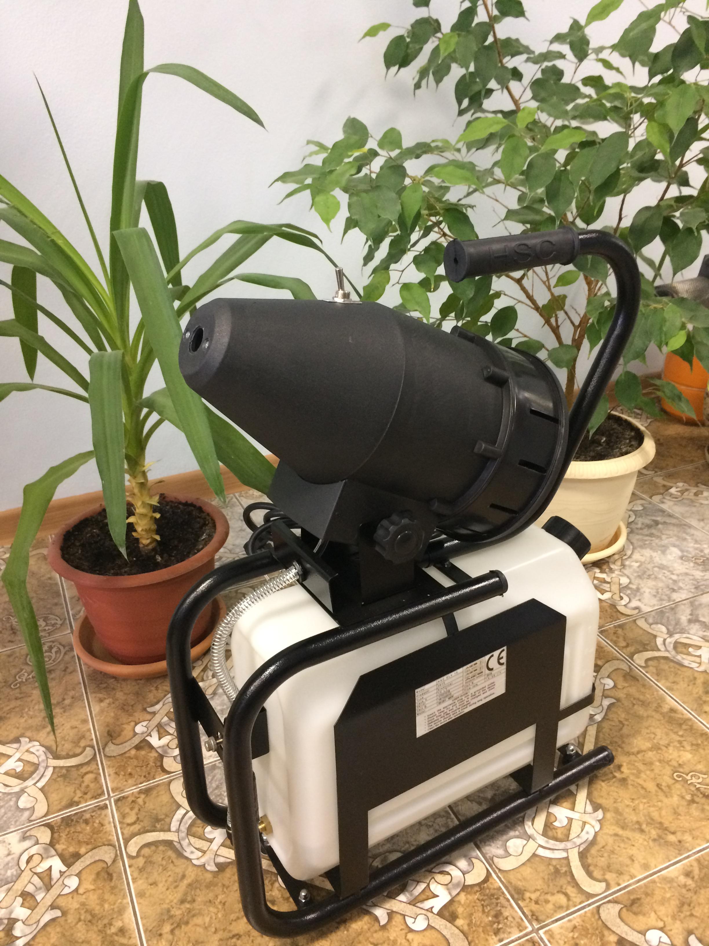 AR 35 генератор горячего тумана