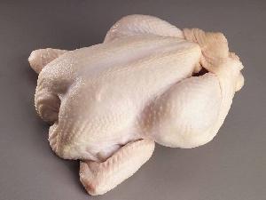 Оптовые цены на куриное мясо за год упали более чем на 13%