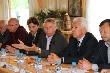 Владимир Васильев предложил банкирам и тверским фермерам работать на доверии