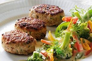 Министр продовольствия ФРГ: свинину нельзя запрещать в меню столовых