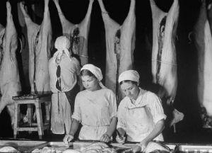 Всё для фронта, всё для победы: роль мясокомбинатов в Великой Отечественной войне