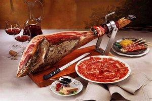 Рестораторы распробовали отечественные хамон, фуа-гра и мраморную говядину