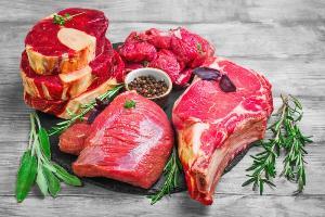 Потребление красного и обработанного мяса в Великобритании сократилось на 30 процентов за 10 лет