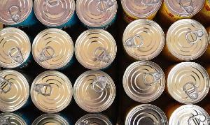 Российское правительство признало консервы скоропортящимися продуктами
