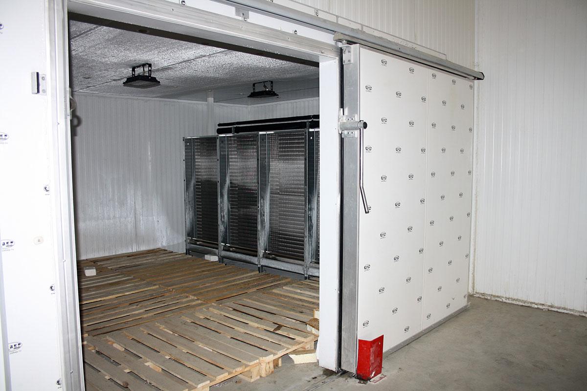 Холодильные и морозильные камеры промышленные