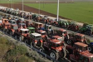 Забастовка греческих фермеров будет продолжаться до тех пор, пока правительство не пойдет на устпуки